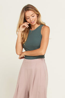 Everyday Sleeveless Fitted Rib Tank Green