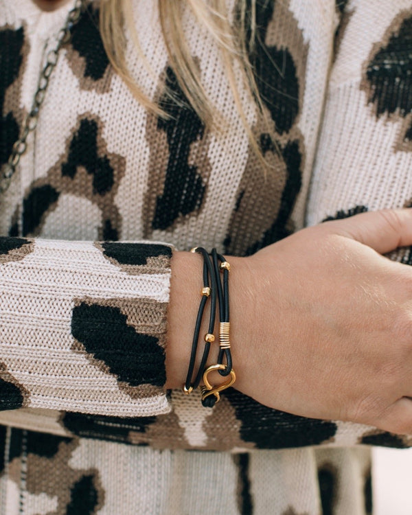 Double Hook Wrap Bracelet Black/Bright Gold