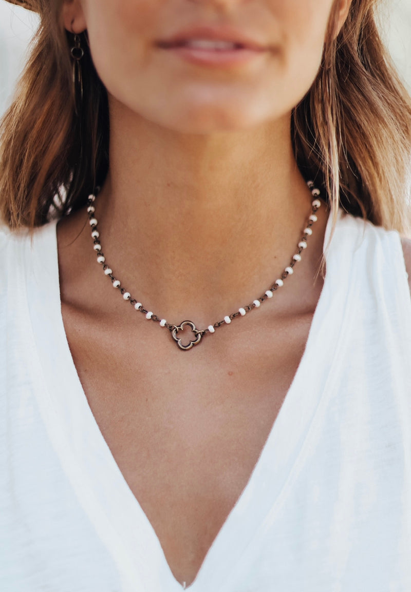 Love Note Choker Quatrefoil
