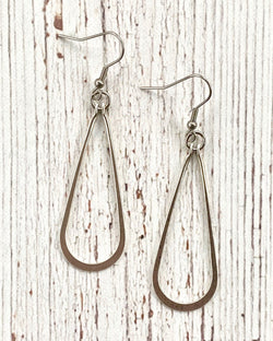 Smooth Teardrop Earrings Silver