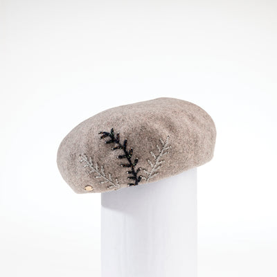 BETTY - BERET WITH EMBROIDERY GOLF  4800 BEIGE ADJUSTABLE