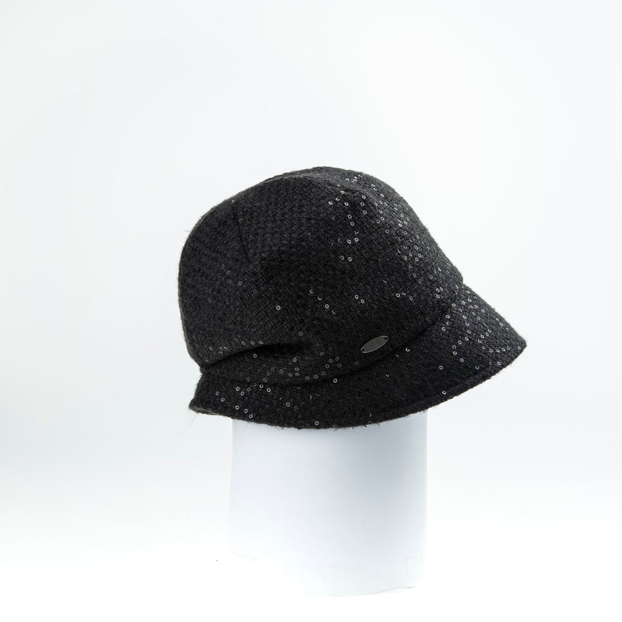 CARYS - CAP WITH WRAP AROUND BRIM AND PLEATED DETAIL