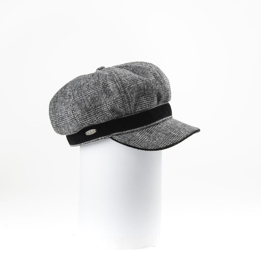 CASSIE - NEWSBOY CAP WITH VELVET DETAIL