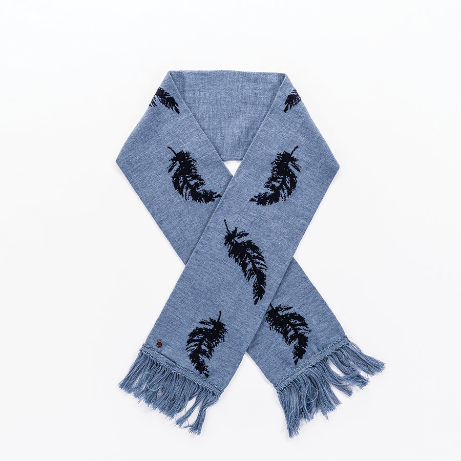 SANDRINE - MERINO SCARF WITH FEATHER PRINT