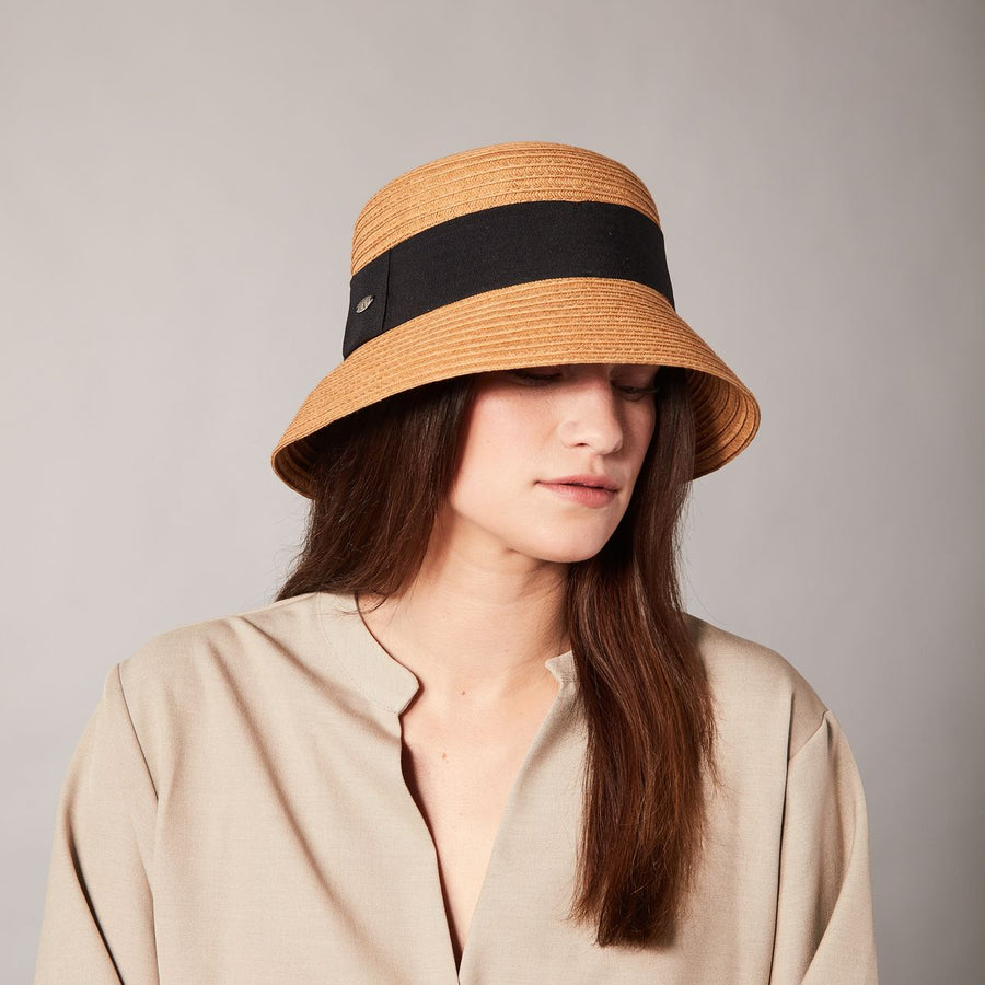 CEANE FLAT TOP CLOCHE IN PAPER STRAW WITH GROSSGRAIN RIBBON