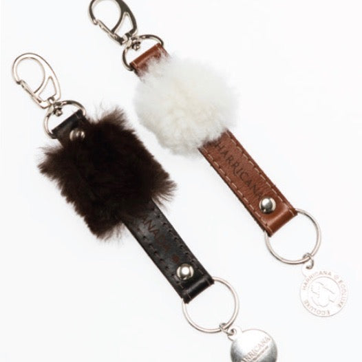 KEYCHAIN MEN WITH UPCYCLED LEATHER AND FUR