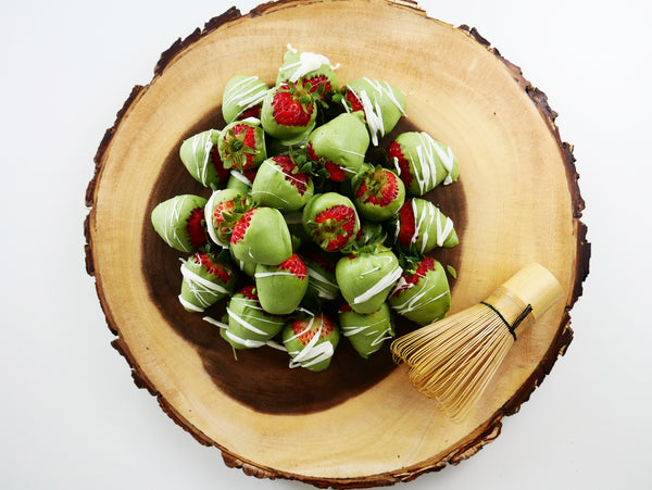 Sweet, Antioxidant-rich Matcha Chocolate Covered Strawberries!