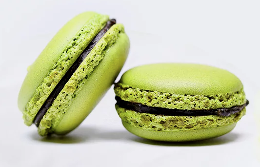 Sweet Matcha Macarons with Adzuki Filling!