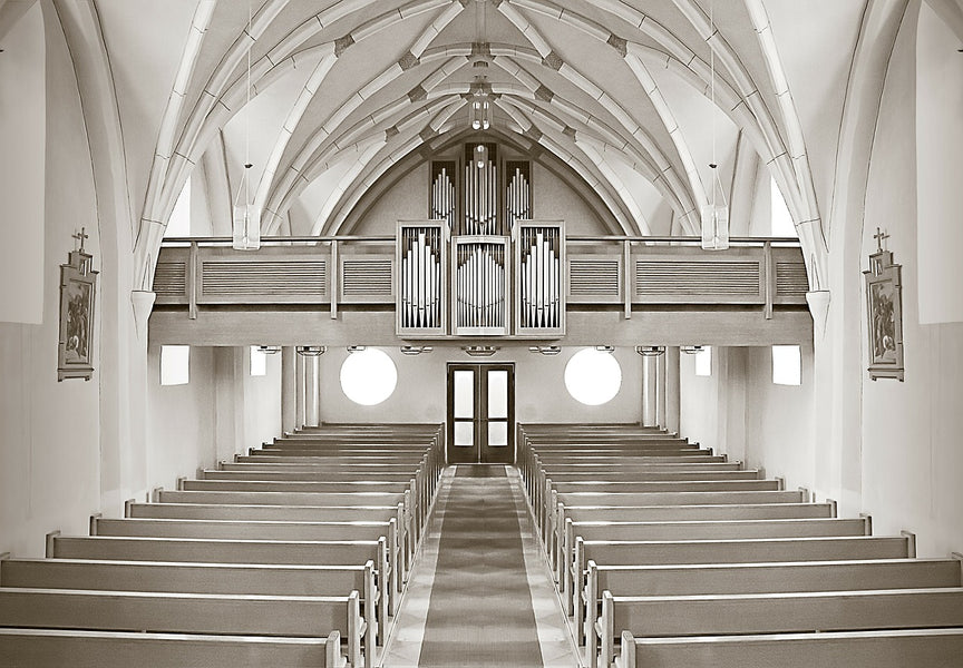 What to Look for When Choosing a New Church Home