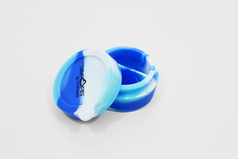 vaporsandthings.com:Vapors & Things 1.7in Blue Tie-Dye Round Silicone Container