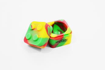 vaporsandthings.com:Vapors & Things 1.25in Rasta Cube Silicone Container