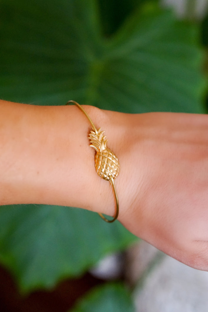Gold Pineapple Bangle Bracelet