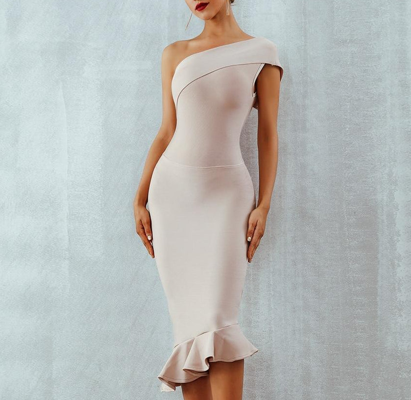Sexy One Shoulder Sleeveless Ruffles Nightclub Dress