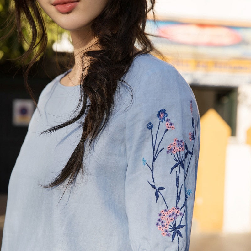 Causal Embroidery Fresh Blouse