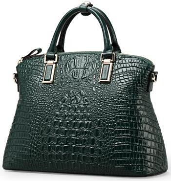 OMG!!! Jennifer Lopez's Crocodile Bag. Exclusive Picture...