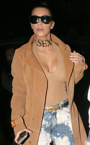 Kim Kardashian - Kim Kardashian Is All About ''SEX'' as She Steps Out in London Wearing a Provocative Vivienne Westwood Choker Necklace