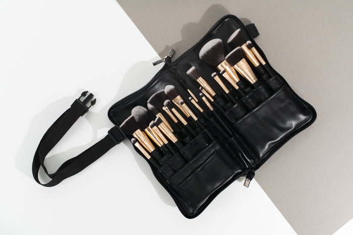 Pro Artist 21 Piece Brush Set with Brush Belt