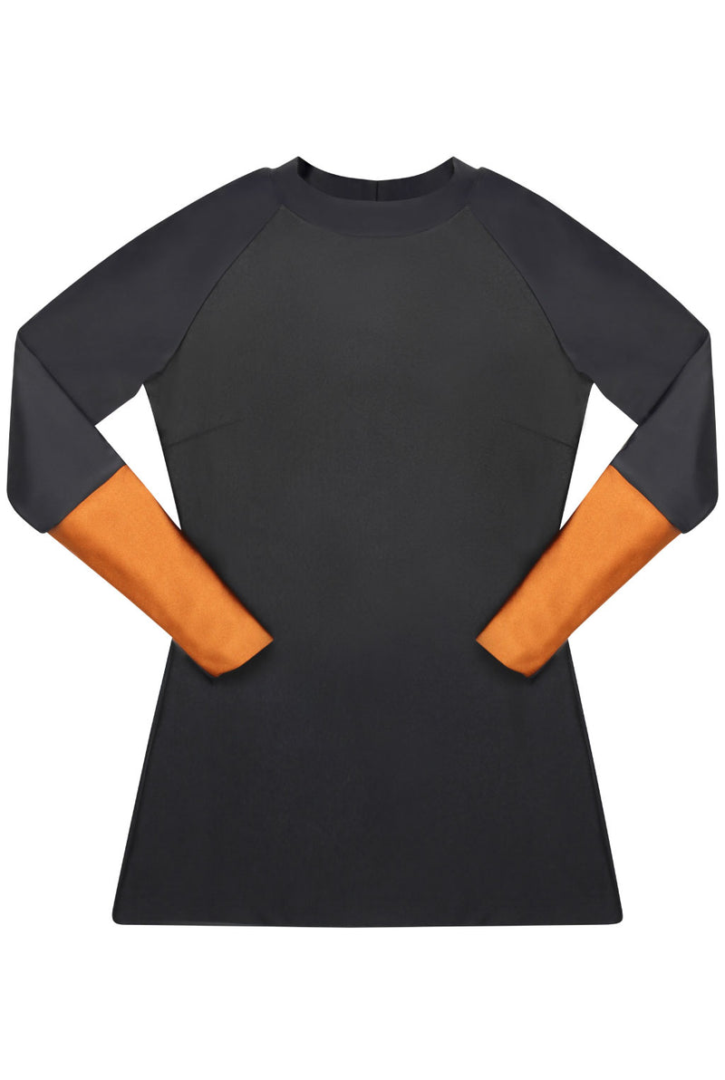 The TANI Rash Guard in Silhouette