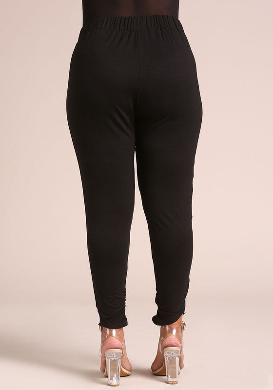 PLUS SIZE Black Checkered Side Jogger Pant