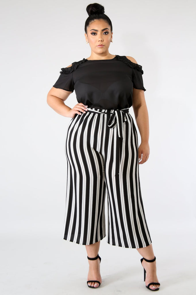 PLUS SIZE Black & White Stripe Wide Leg Pant