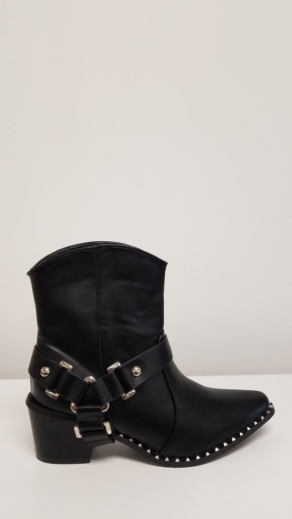 Cape Robbin Fighter Black Ankle Boots
