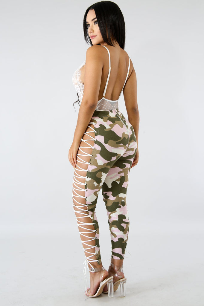 Pink Camo Print Lace Up Leggings