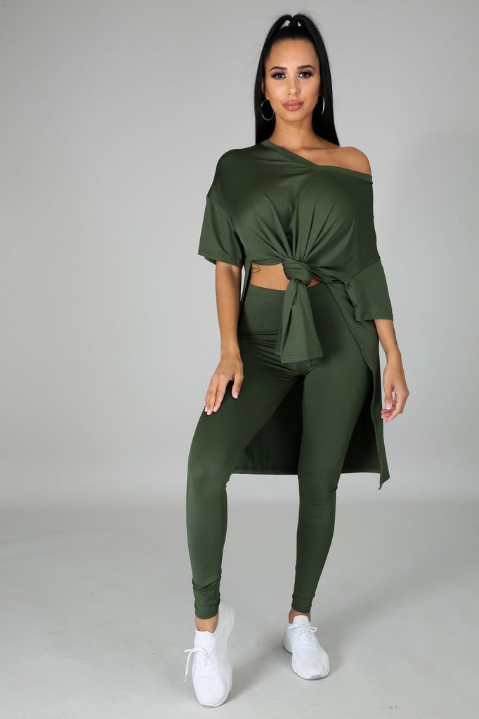 Nahlia Olive Green Oversized Tunic & Legging Set