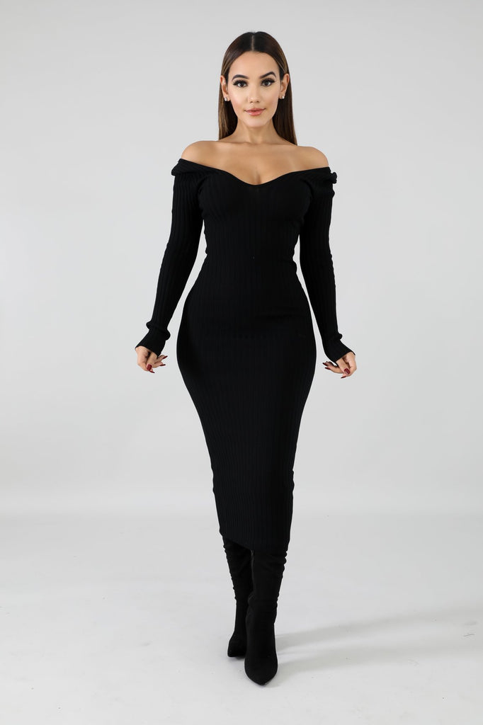 Classic Ribbed Knit Bodycon Midi Dress - Black