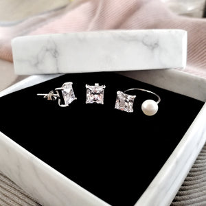 Éclat Collection Pearl Princess Earrings and Ring Set, Sets - Thoughts Accessories