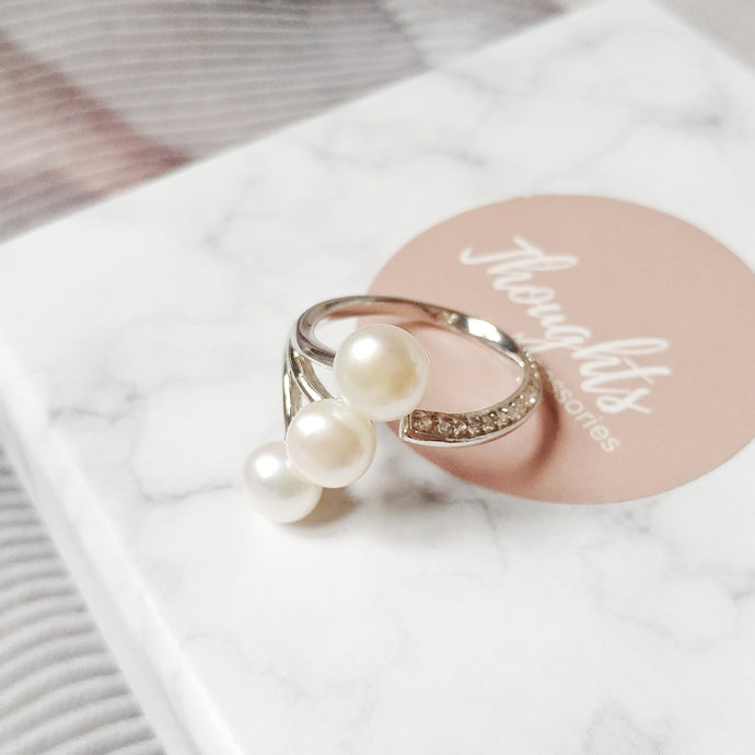 Trois Ring, Necklaces - Thoughts Accessories