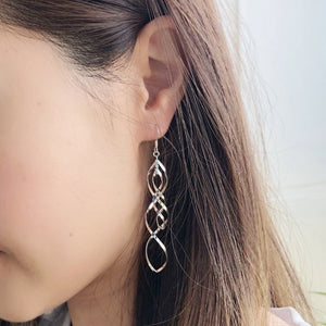 Twirl Earrings, Earrings - Thoughts Accessories