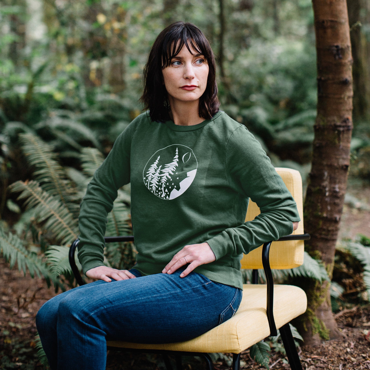 FOREST Hinge Sweatshirt in EVERGREEN