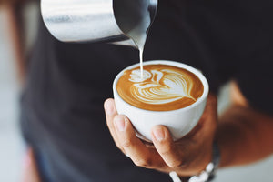 HOW TO DO LATTE ART – A BEGINNER'S GUIDE