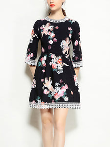 Angel print lace trim sleeve high waist dress