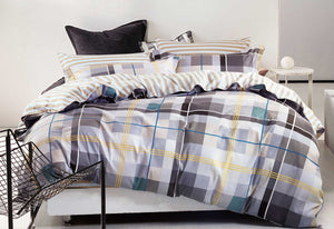 Rectangle Striped Queen Quilt Set