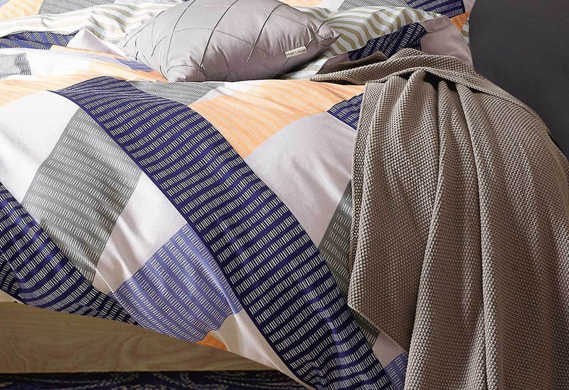 Striped Queen Quilt Cover Set - Orange/Blue close up