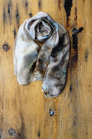 #RR1750, Rose Leaf, Flower Petals and Rust Scarf