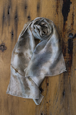 #RR1745, Oak Leaf, Maple Leaf and Onion Skin Scarf
