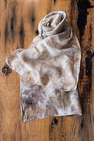 #RR1764, Ash Leaf, Oak Leaf, Onion Skin and Rust Scarf
