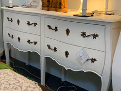 01 Member Special - PJS Chest 4Dr PAULINE 2 , Buffet Chest of Drawers 4 Drawer Cabinet Commode Double Size 80 x 140 x 40 cm SYS TEK168PJS PLN43M BOX0 CA.L2 ( Royal White Colour )