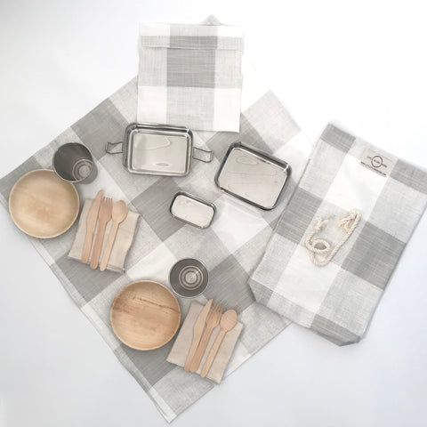 PICNIC FOR TWO / FRENCH GREY BUFFALO CHECK