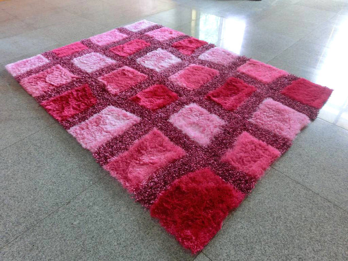 B86 Pink Area Rug
