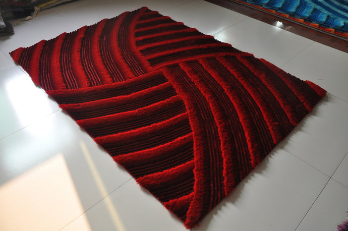 TD166 Red Area Rug
