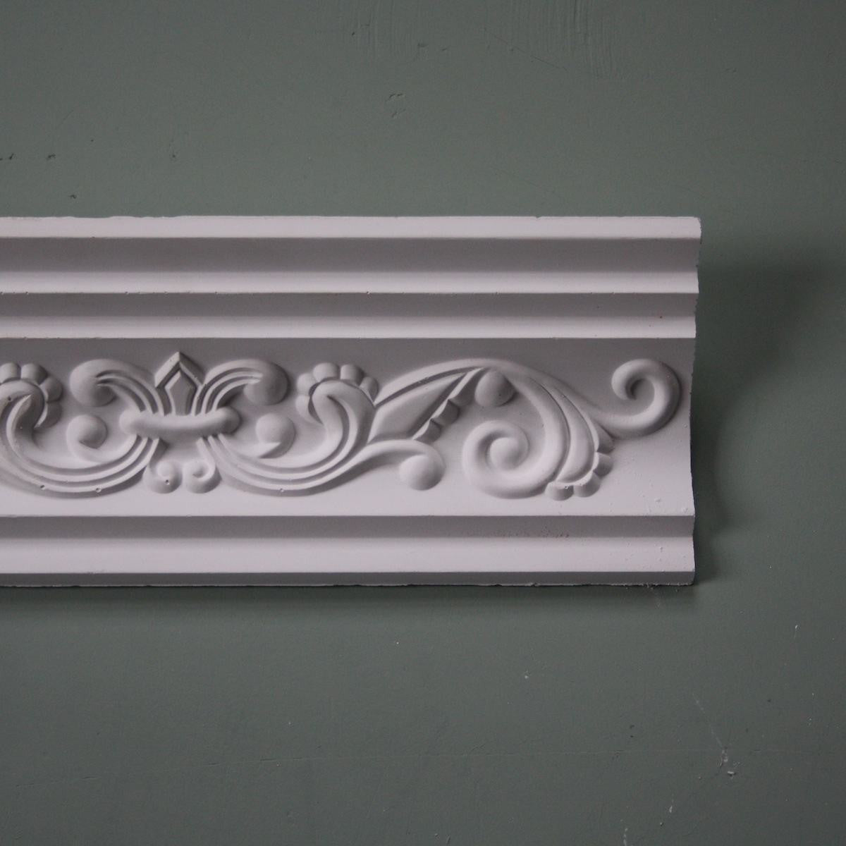 Plaster Coving Fleur de Lys 110mm Drop MPC003