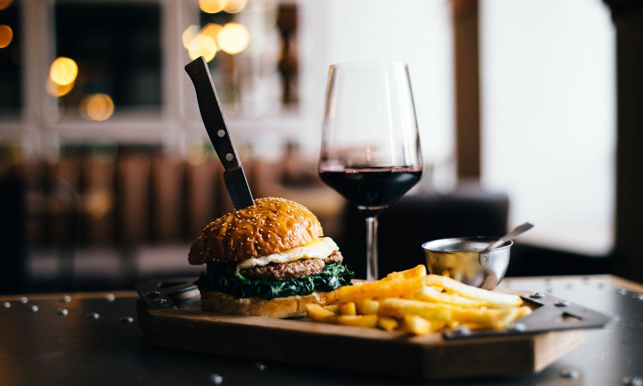 pairing argentina wine with food malbec and burger