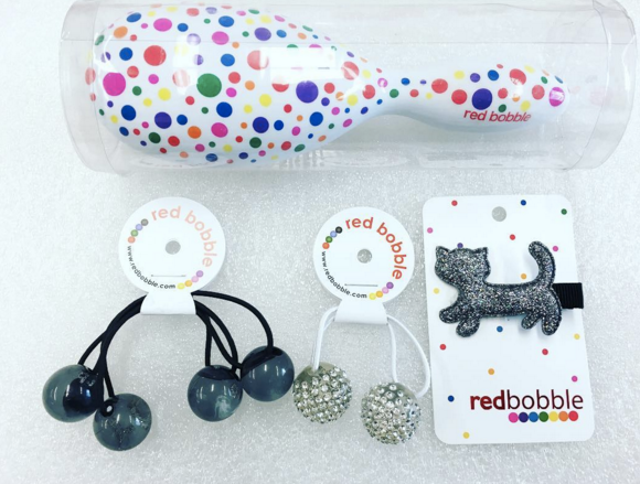 Spotty Red Bobble Brush