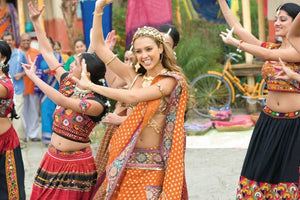 Hollywood Celebrities Gracefully Wear Indian Traditional Dresses