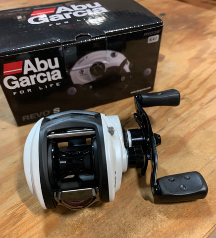 (FLASH SALE) Abu Garcia Revo S Baitcasting Reel