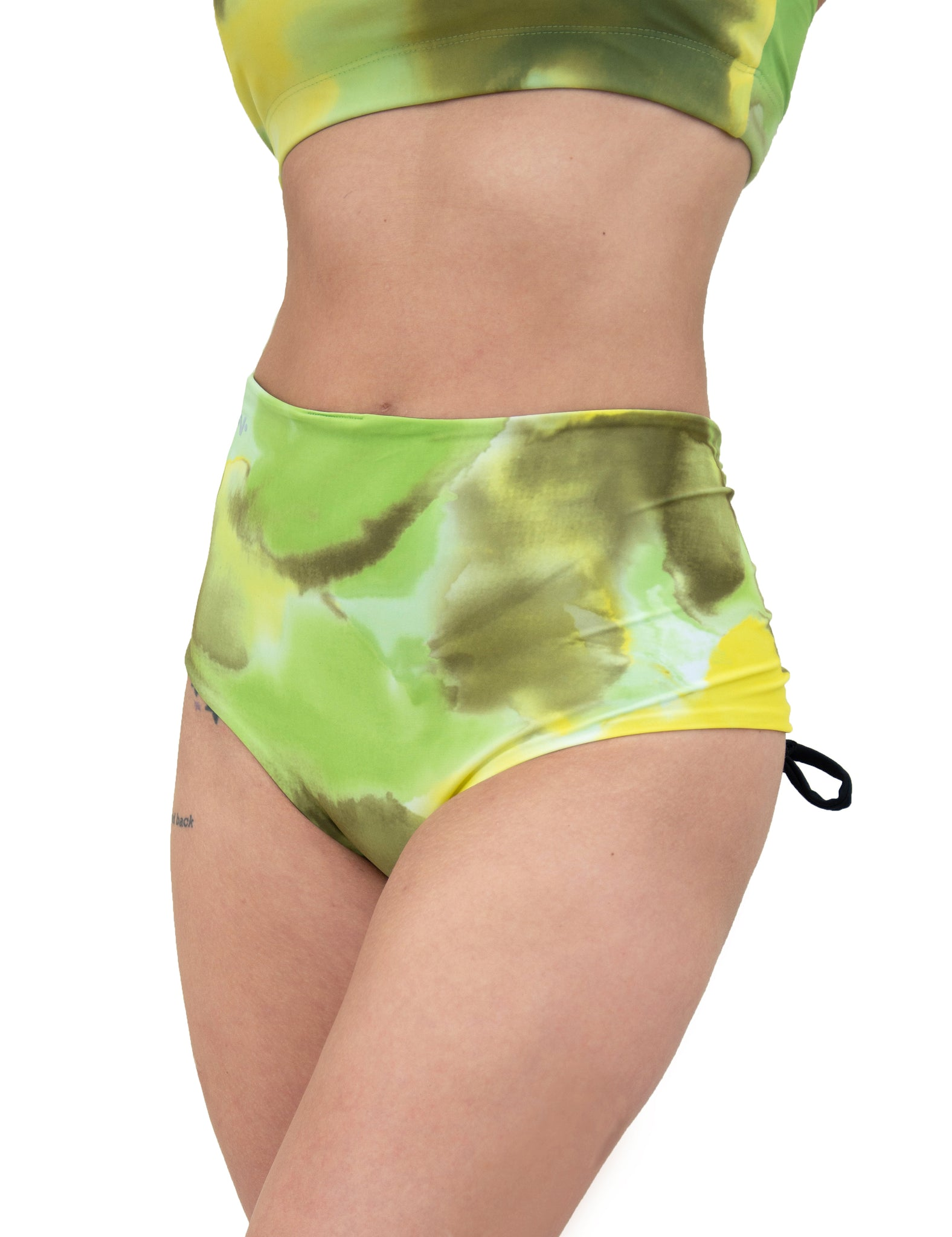 Hollywood High Waisted Short - Reversible Black & Key Lime Pie