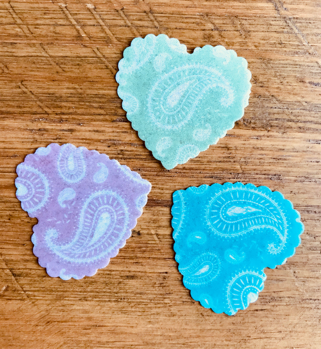 pre cut paisley wafer hearts for cupcakes
